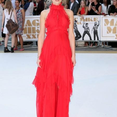 Amber Heard, intr-o rochie Emilio Pucci