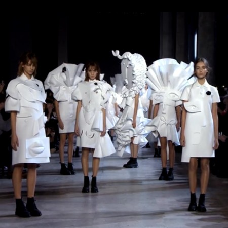 Viktor & Rolf. Performance of Sculptures.