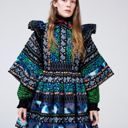 Anna of the North, intr-o rochie Kenzo x H&M