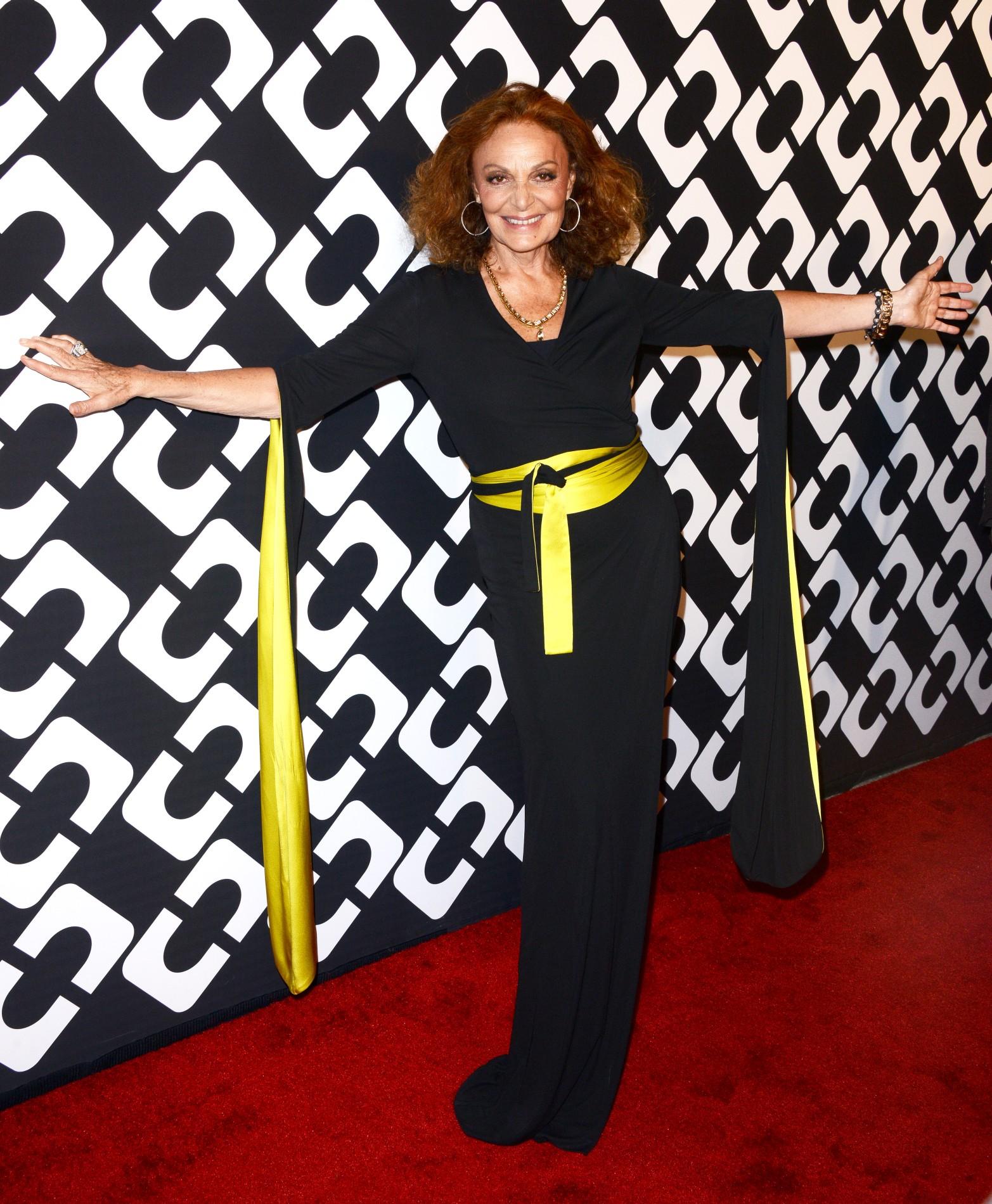 Diane von Furstenberg – Calatoria unei rochii