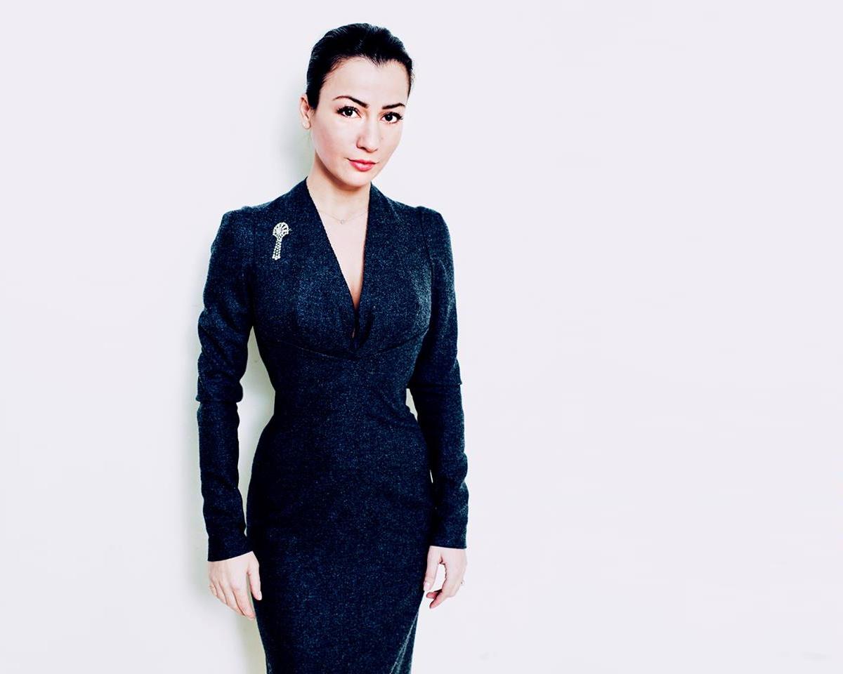Interviu cu MIRELA BUCOVICEAN. Despre Molecule F si Business PR