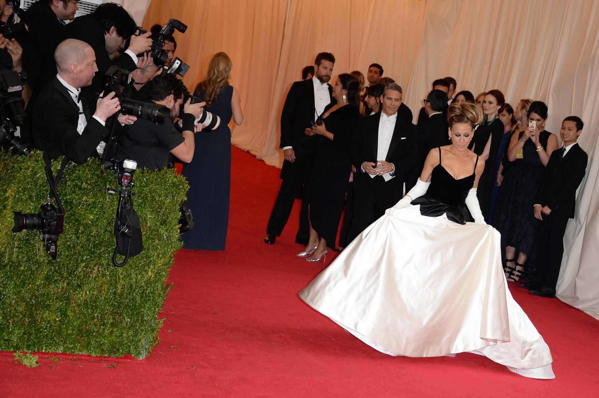 Vedetele pe covorul rosu de la Met Gala 2014