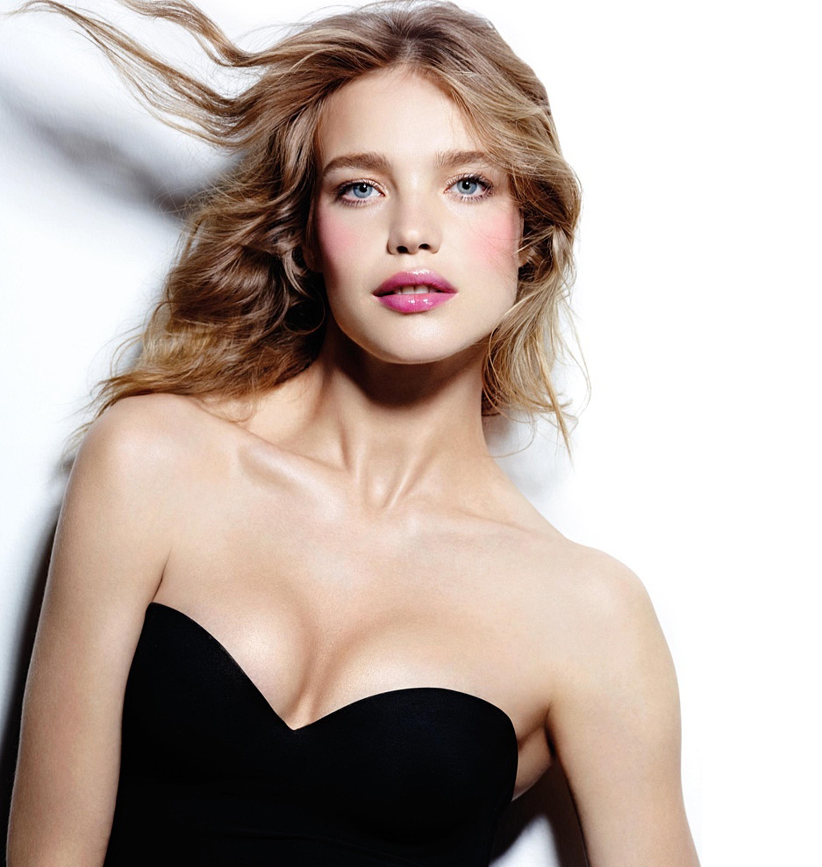 Natalia Vodianova. Push up your beauty. Etam