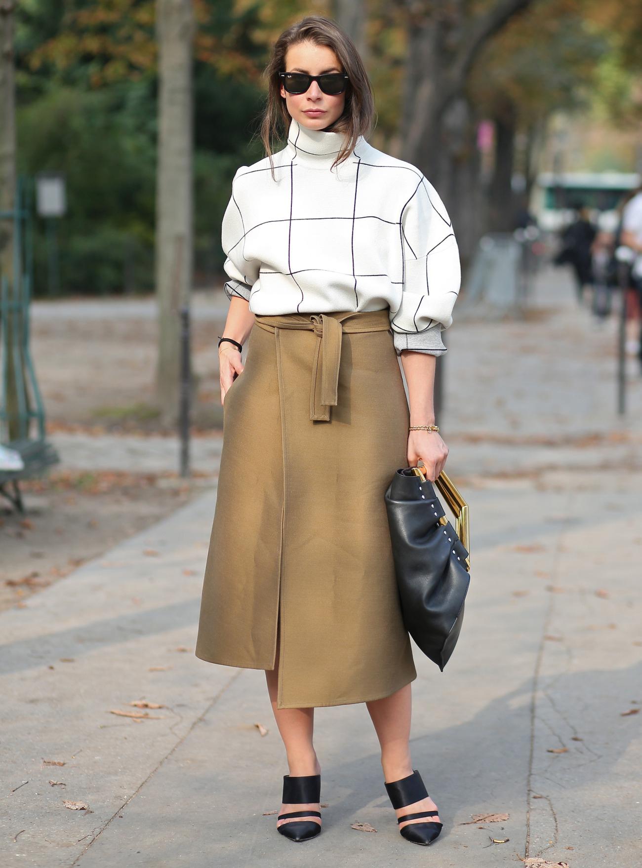 Street Style @ Paris Fashion Week SS 2015