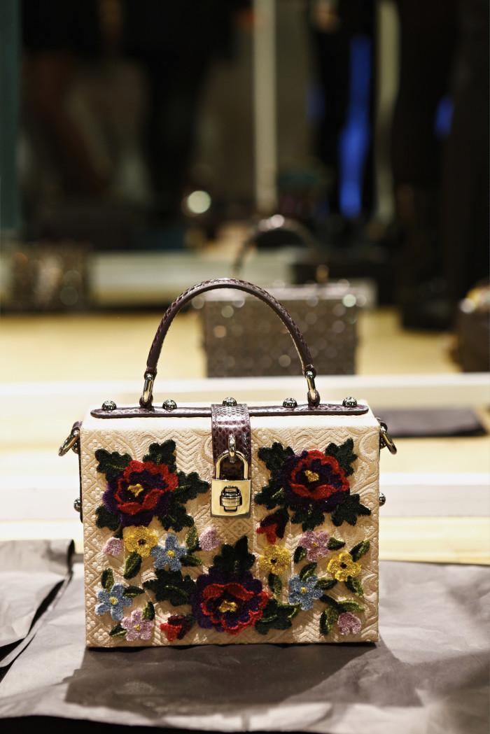 Dolce & Gabbana Backstage  Fall/Winter 2014