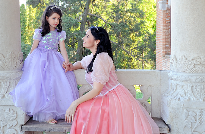 Andreea Marin si fiica ei, Violeta – in rol de printese