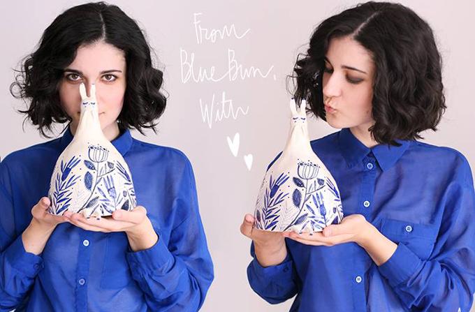 Madalina Andronic: Blue Bestiary – creaturi din portelan