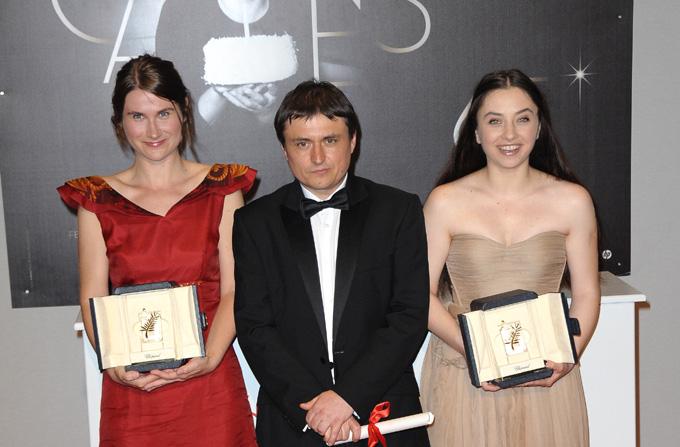 """""""Dupa Dealuri"""": 2 premii la Cannes"""