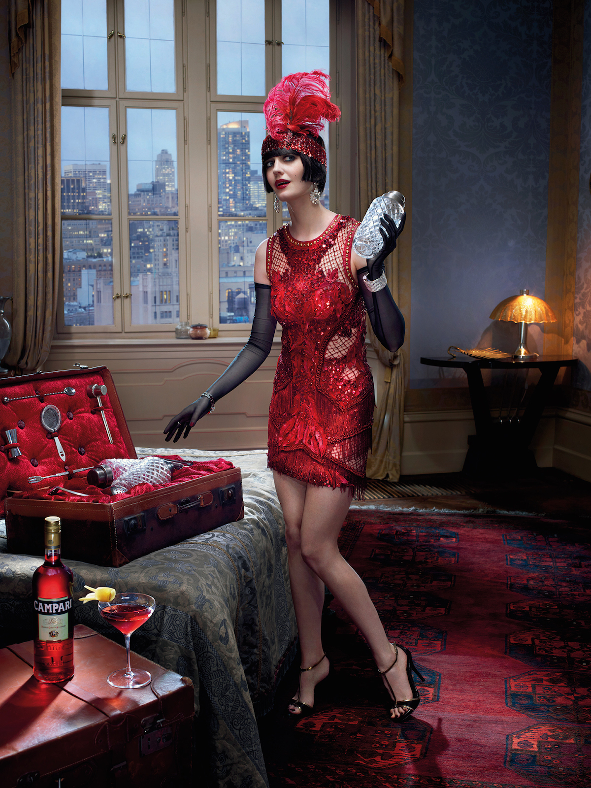 Eva Green in calendarul Campari 2015. Mythology Mixology.