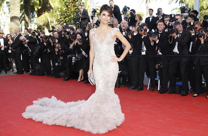 Vedetele la deschiderea Festivalului de la Cannes