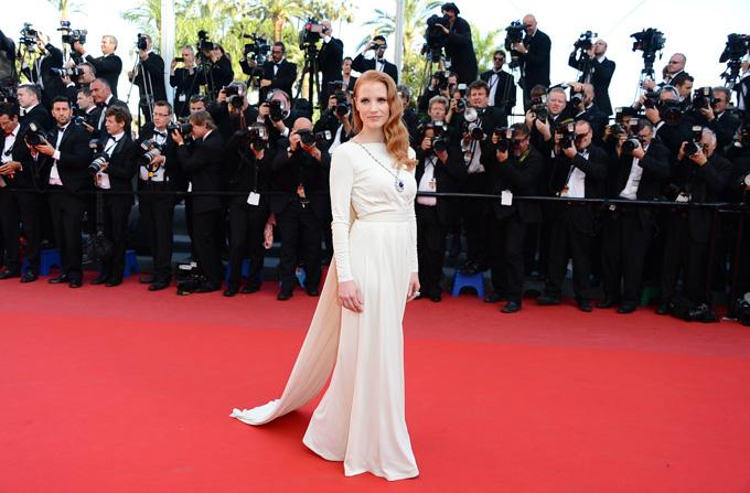 Tinutele vedetelor la Festivalul de la Cannes (21 mai)