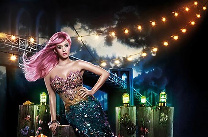 Katy Perry – Mica Sirena moderna