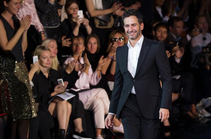 Marc Jacobs paraseste Louis Vuitton