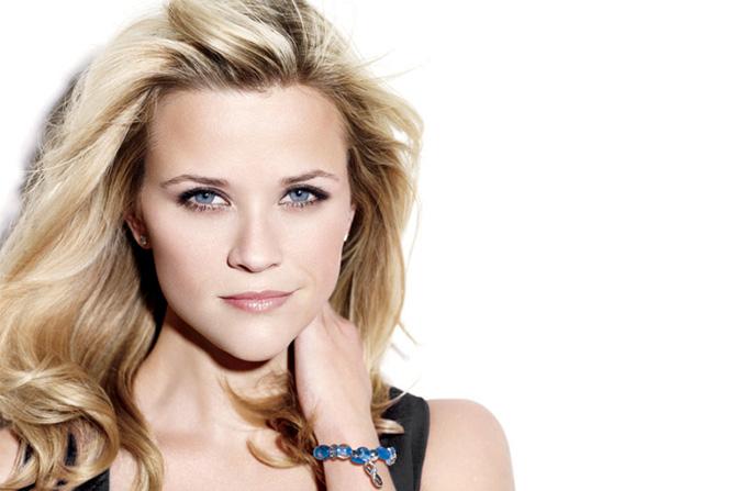 Reese Witherspoon poarta Bratara Curajului
