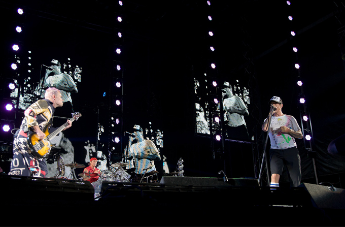 Recenzie: Red Hot Chilli Peppers @ Arena Nationala