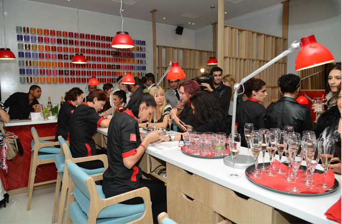 Rouge Nail Bar – primul bar de manichiura din Bucuresti