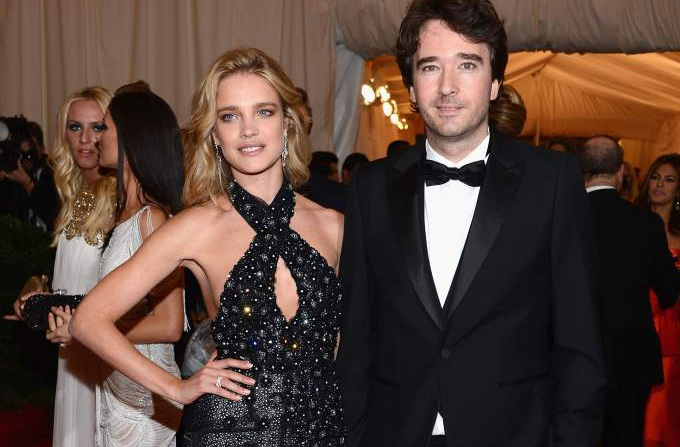 Vedete in tinute Louis Vuitton la Gala Met 2012