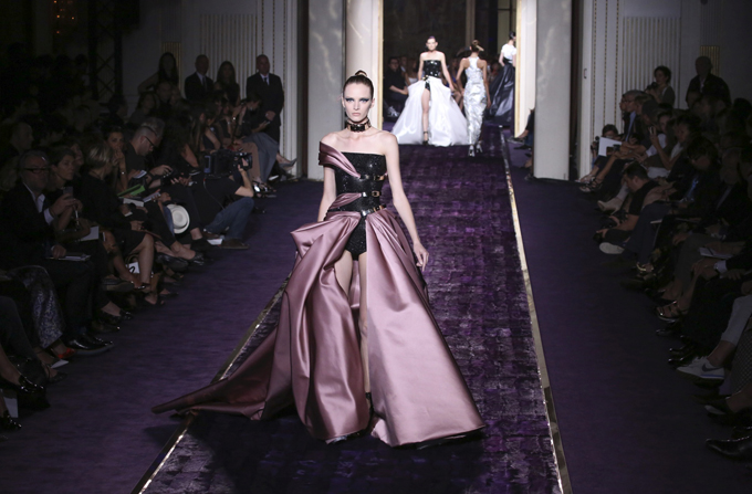 ATELIER VERSACE Haute Couture FW 2014/15
