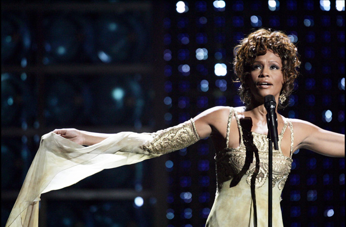 Tribut Whitney Houston la Premiile Grammy