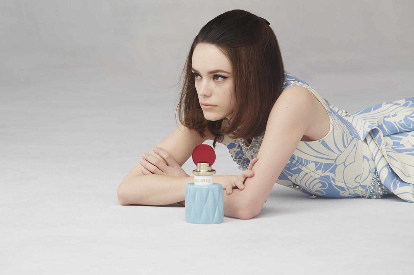 Stacy Martin & primul parfum Miu Miu