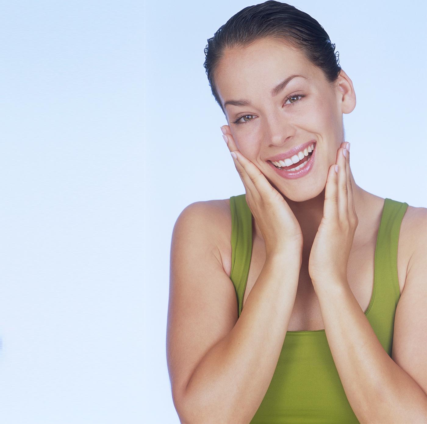 Curatarea faciala Pro Skin & Tratamentul LED + Esthetic