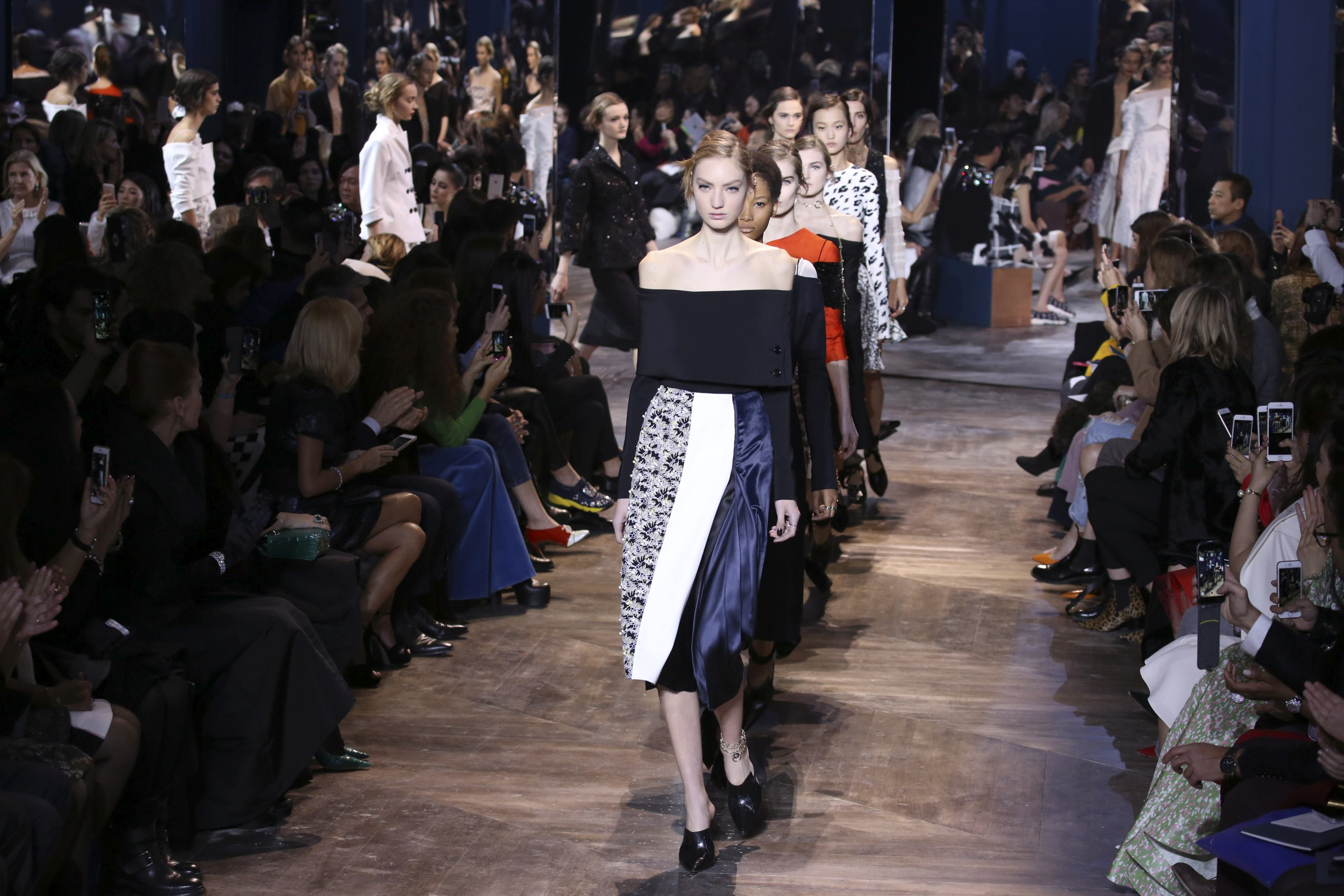 Dior Couture, fara Raf Simons
