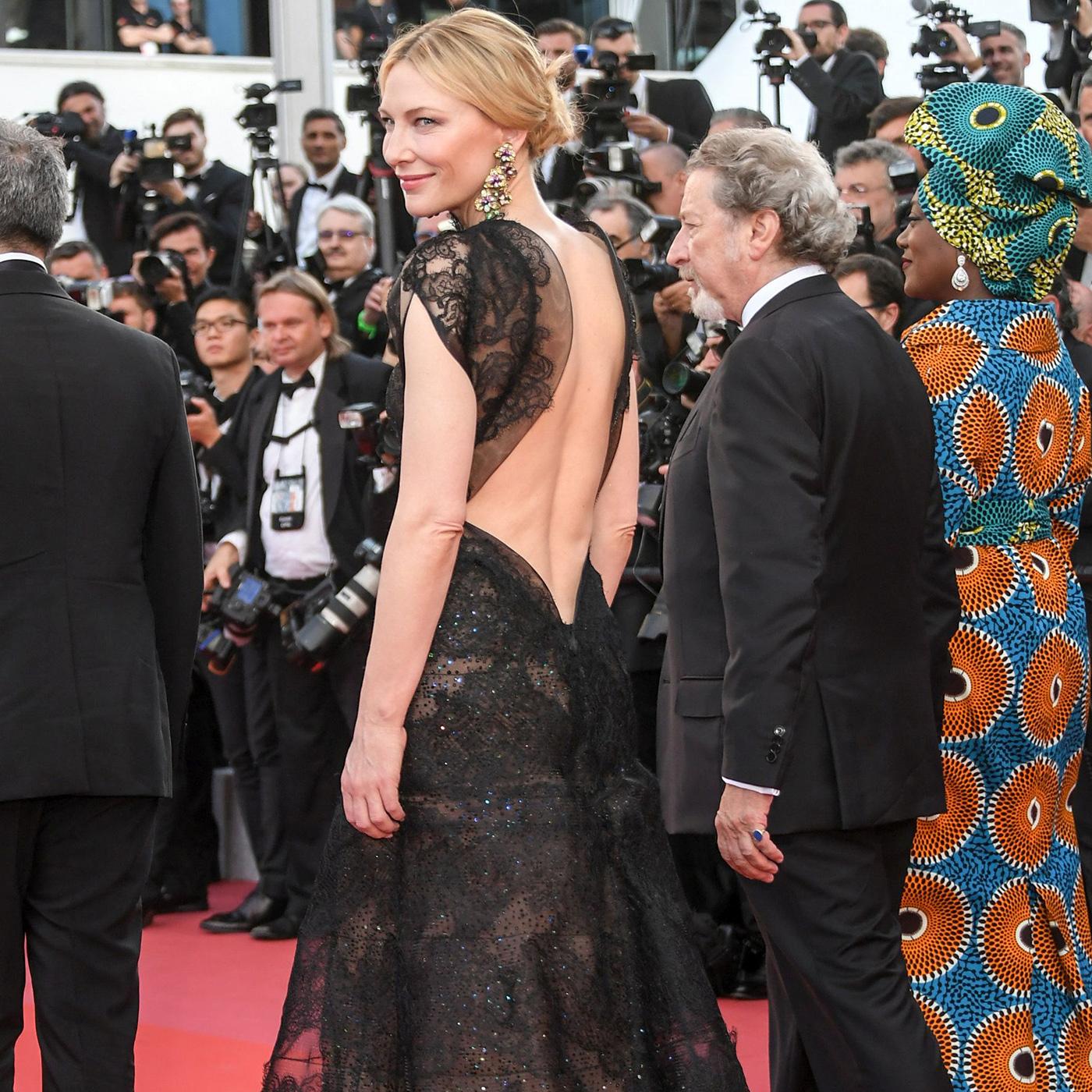 Top 5 rochii @ Deschiderea Festivalului de la Cannes 2018