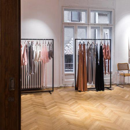 Branduri in casa noua, noi proiecte si colectii vestimentare