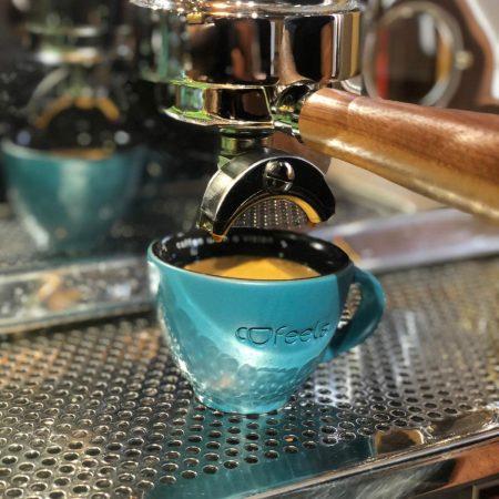 Pasiune pentru cafea & grija pentru comunitate